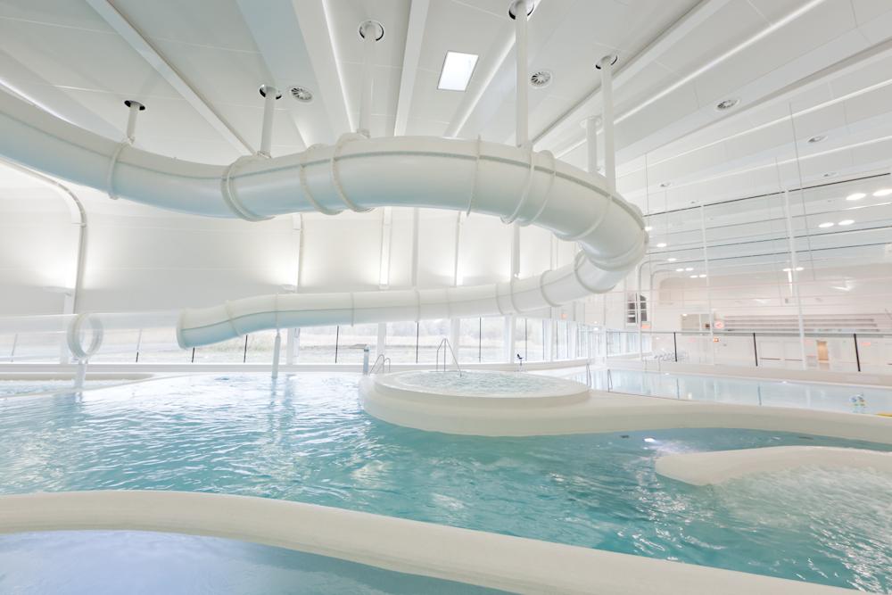 Zwembad het hofbad in ypenburg