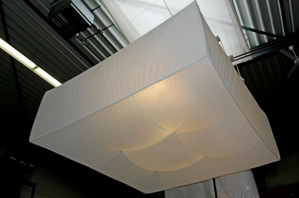 Inflatable light diffusing ceiling   Buitink Technology