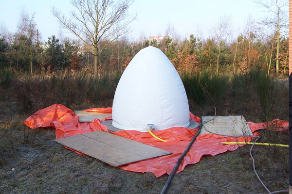 Inflatable egg mold for concrete spray & Customizable and inflatable shapes