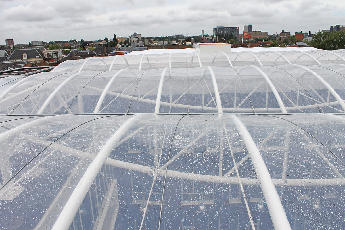 Etfe Foil To Protect Against Wind And Weather