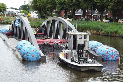 floating_bridge_1.jpg