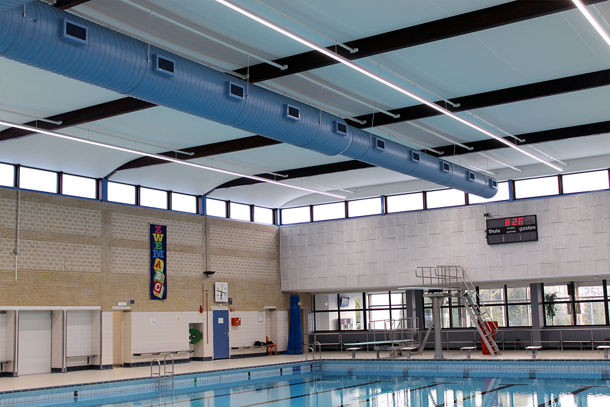 Stretch ceilings for the pool in overbosch